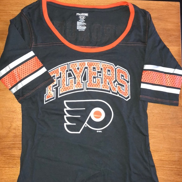 huge selection of 3f137 48c7b Ladies Philadelphia Flyers Tee